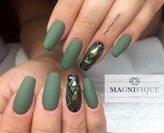 Green matt Nails Sieh dir dieses Instagram-Foto von @magnifique_studio_nails an • Gefällt 27 Mal