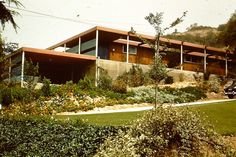 Schrage House, 1951, Raphael Soriano, L.A., sideview | by dougdupin