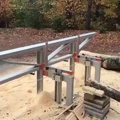 Woodworking Projects That Sell, Woodworking Techniques, Diy Wood Projects, Woodworking Tools, Homemade Chainsaw Mill, Homemade Bandsaw Mill, Saw Mill Diy, Chainsaw Mill Plans, Lumber Mill