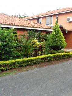 Se vende casa conjunto residencial en pance cali valle for Casas para la venta en ciudad jardin cali colombia