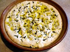 Rosemary & Thyme Focaccia Bread is infused with savory flavors, has a chewy crust and tastes like the bread you enjoy at a fancy Italian restaurant! Savory Bread Recipe, Thermomix Bread, Focaccia Bread Recipe, Bread Recipes, Cooking Recipes, Healthy Recipes, Braided Bread, Artisan Bread, Dinner Rolls