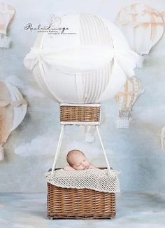 Gotta make one of these before the baby gets here Photography Props Kids, Balloons Photography, Newborn Photography Props, Foto Newborn, Newborn Poses, Newborns, Newborn Fotografie, Foto Baby, Baby Portraits