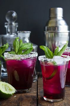 Yummy prickly pear margarita recipe.