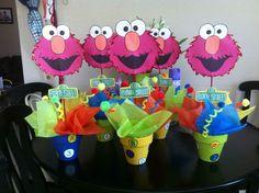centerpieces for birthday party Paris Birthday Parties, 1st Birthday Party For Girls, Elmo Birthday, Birthday Ideas, Diy Elmo Decorations, Kids Party Centerpieces, Cookie Monster Party, Elmo Party, Sesame Street Birthday