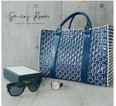 Tote Bag, Handmade, Sacks, Purses, Totes, Hand Made, Carry Bag, Tote Bags, Craft
