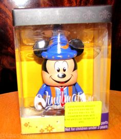 #Vinylmation #MickeyMouse #MickeyMagic by @LauryRow   Like my page here :: https://www.facebook.com/pages/Disneycollecbell/603653689716325