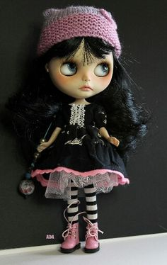 Blythe Dolly - cute as heck!