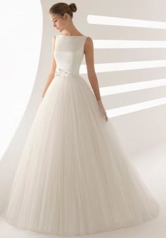 Rosa Clara Aide The perfect dress for brides seeking the princess look. The combination of tulle and romantic bateau neckline make this wedding dress a real gem. Rosa Clara - prices start at Tulle Wedding, Wedding Bride, Wedding Gowns, Wedding Dreams, Rosa Clara Wedding Dresses, Bridal Dresses, Perfect Wedding Dress, Cheap Wedding Dress, Satin Tulle