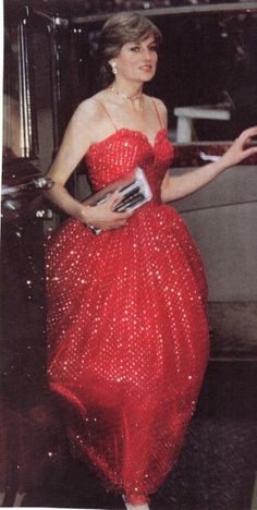 Diana...love the gown, like something out of a fairytale