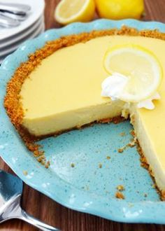 Oh So Creamy Southern Lemon Icebox Pie !