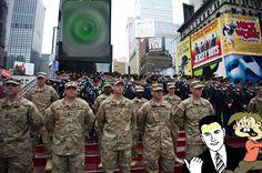 Vallan vihollinen numero 1 on kansalainen - Vastavalkea. Times Square, Travel, Viajes, Trips, Traveling, Tourism, Vacations