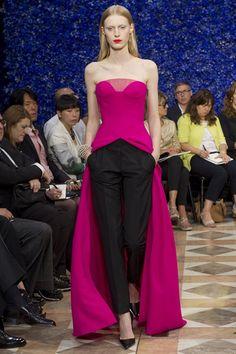 Dior Fall Couture 2012 #Dior #Runway #Fashion #Couture