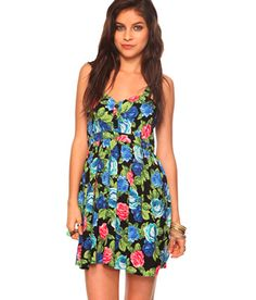 This dress is perfect for sunny days!