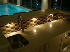 This in-home #Bar is in the #poolhouse! #inhomebar #poolhousebar #granitetransformations