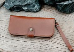 MBeige wallet with zip and wristlet strap by SakatanLeather