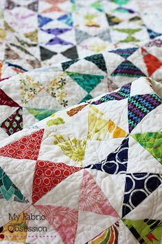 My Fabric Obsession: Hourglass Quilt Finish