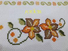 Cross Stitch Embroidery, Cross Stitch Patterns, Granny Pattern, Needlework, Diy And Crafts, Cross Stitch Art, Cross Stitch Designs, Crochet Lace Collar, Crosses