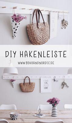 Anzeige – DIY Hakenleiste aus HPL Platten selber machen. Hakenleiste selbst bauen. Wanddeko selbst gemacht. Wandaufbewahrung. Wanddekoration im skandinavischen Stil. #diy #hakenleiste #selbermachen #diydecor #wohnen #deko #basteln #bastelanleitung #bastelidee