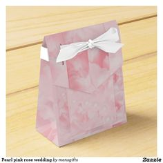 Pearl pink rose wedding favor boxes