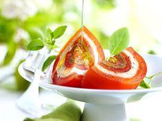 Découvrez la recette Tomate mozzarella gigogne sur cuisineactuelle.fr.