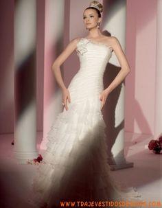 5801  Vestido de Novia  Fara Sposa
