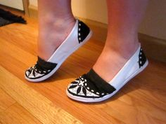 DIY Painted Canvas Shoes - Another design idea.