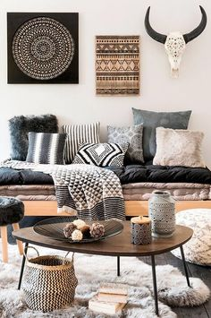 Pictures of bohemian style living rooms modern room decor ideas home design chic a mode Deco Boheme, Boho Living Room, Bohemian Living, Nordic Living Room, Cozy Living, Dark Wood Living Room, Living Room Inspiration, Home Fashion, Fashion Mode