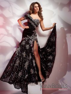 Tony Bowls  |  Red Carpet Dresses  |  style #212C71
