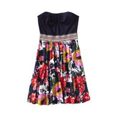 so freakin cute! love these kind of dresses for summer :)