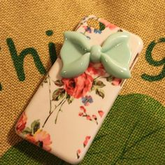 New durable protective bow flower  iphone 5c case-  beautiful flower   iphone  5c case on Etsy, $4.99