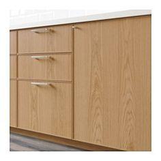 IKEA - EKESTAD, Dør, eik, 60x80 cm, , EKESTAD dør har en tynn ramme i massiv eik og speil i eikefiner. Designen er tidløs, med enkle, rette linjer som lar tremønsteret komme tydelig frem. Eik gir kjøkkenet en varm, lys tone.Rammen i massivt tre gir stabilitet og gjør at døra er slitesterk og holder lenger.Panelet i finer får en mørkere farge og blir vakrere med årene, akkurat som massivt tre.25 års garanti. Les om vilkårene i garantiheftet.Du kan velge å montere døren med åpning til høyre…