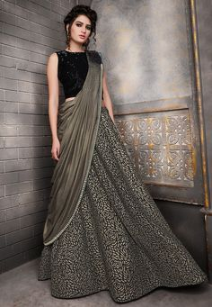 Shop For Indian Lehenga Choli at Utsav Fashion - The largest online collection of lehenga, ghagra, chaniya choli in latest stunning designs. Gown Party Wear, Party Wear Indian Dresses, Indian Fashion Dresses, Designer Party Wear Dresses, Indian Gowns Dresses, Party Wear Lehenga, Dress Indian Style, Indian Designer Outfits, Indian Wedding Outfits