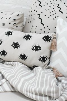 Eyes Cushion Cover with Champagne Tassels - Zana Products