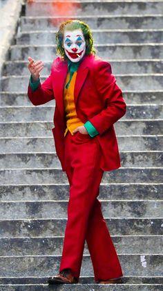 Who are you talking to? Joker Film, Joker Comic, Joker Dc, Joker And Harley, Joker Photos, Joker Images, Der Joker, Heath Ledger Joker, Joaquin Phoenix