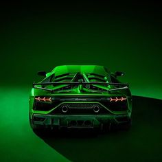 Cool cars above are luxury vehicles that are pricey. Deluxe cars remain in restricted manufacturing, so there are lots of people who have not seen the cars directly. Lamborghini Aventador, Green Lamborghini, Ferrari, Car Photos, Car Pictures, Powerboat Racing, Assurance Auto, Vw Group, Car Makes