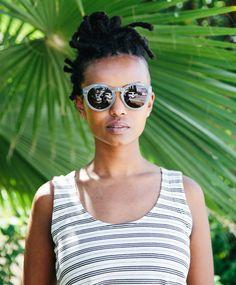 madewell cross-back crop tank + oversized hepcat sunglasses worn by r&b singer-songwriter kelela. #madewellxspotify