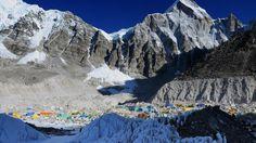 Titel: Mount Everest door aardbeving Nepal 2,5 centimeter gekrompen! Datum: 07/05/2015 Plaats: Het grens van Nepal en Tibet, Mount Everest Bron: nu