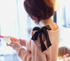 DIY ribbon sleeve sweater