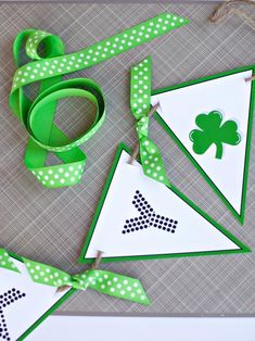 Printable Banner for St. Patrick's Day >> http://www.hgtv.com/design/make-and-celebrate/handmade/printable-banner-for-st-patricks-day?soc=pinterest