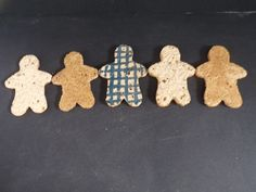 Ceramic gingerbread men