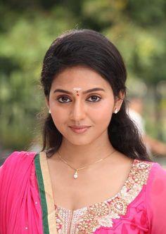 nice Vidya Pradeep Tamil Actress Photos