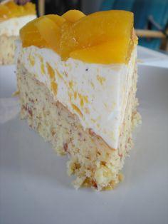 LusseLilli: Pfirsich-Mandel-Kuchen / Peach-Almond-Cake