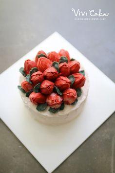 buttercreamcake . koreanflowercake