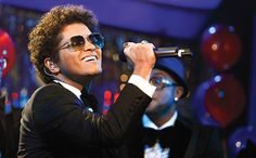 Bruno Mars slays competition to take Billboard's Artist of the Year honors