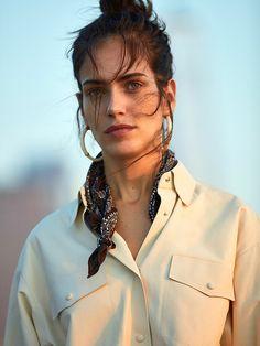 Photography: Tomás de la Fuente. Styled by: Gabriela Bilbao. Hair: Jerome Cultrera at L'atelier NYC. Makeup: Paco Blancas L'atelier NYC. Retouch: Susana Cutanda. Model: Amanda Wellsh.