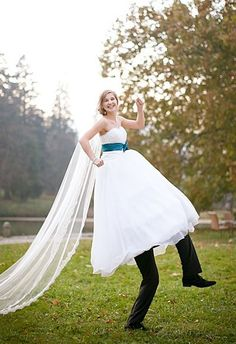 cute wedding photo - we are so doing this!