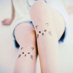 hier sind noch zwei ideen für kleine tolle katzen tattoos auf bein für die frauen   katzen mit schwarzen augen und langen virbissen