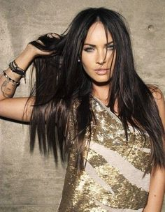 I seriously don't understand why you can't love this woman...Megan Fox is flawless. Especially in gold for cosmo. LOVE LOVE.