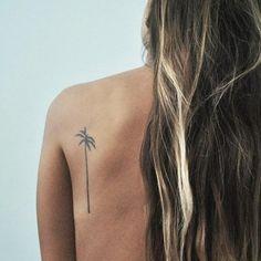 25 small tattoo ideas every girl will LOVE...