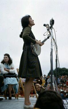 girlmeetsbanjo: hedy west, newport folk festival 1964